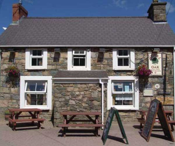 The Royal Oak Pub Newport Pembrokeshire Rhostwarch B and B